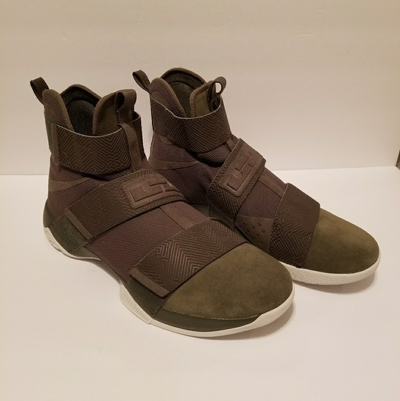 366da09f1f77 Final   Nike Lebron Soldier 10 Sfg Lux Cargo Sz 16.  M 5a9806113b1608119e7e029d